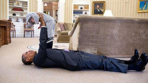 Elnök, ahogyan kevesen látják – 20 fotó Obamáról, ahogy még sosem láttad