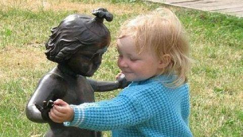 Gyerekek, akik nem nagyon értik a művészetet – vicces képek