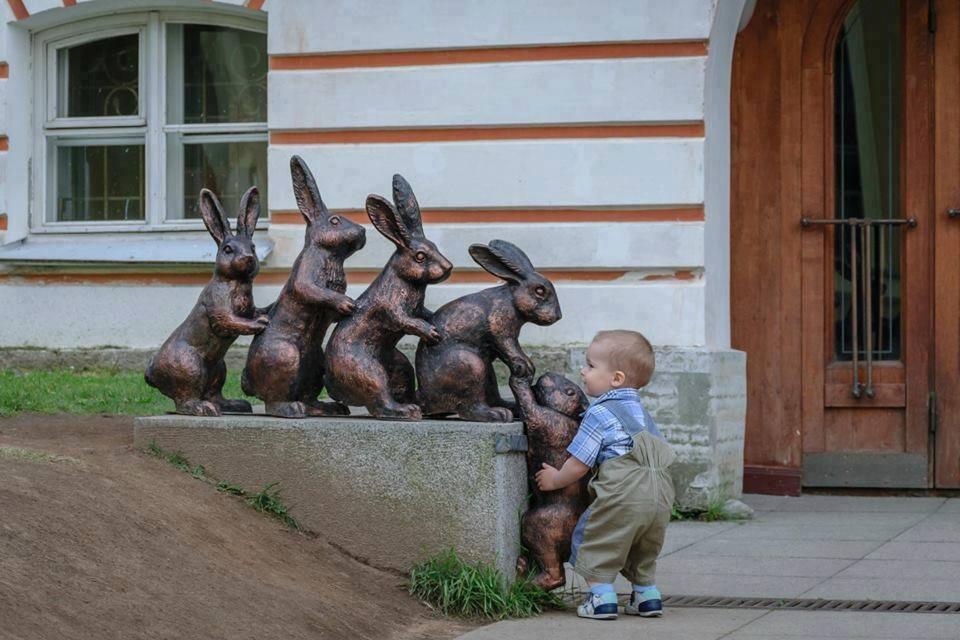 Gyerekek, akik nem nagyon értik a művészetet - vicces képek