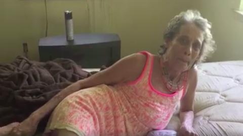 Videóra vette skizofréniában szenvedő édesanyját, hogy gyermekei tudják, szereti őket
