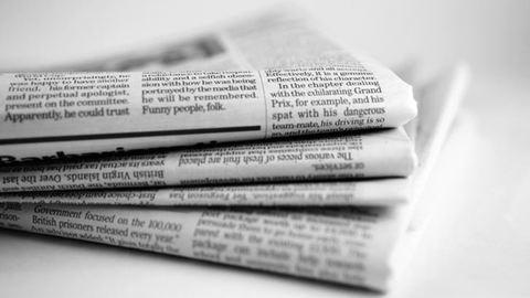 Egész oldalas újsághirdetésben keres feleséget fiának az apa