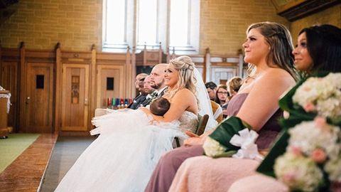 Imádja az internet a szoptató menyasszonyt