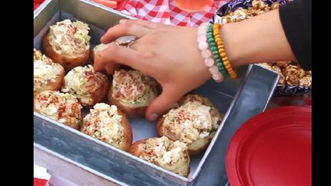 Így tartsd hidegen a nyári melegben a piknikre szánt ennivalót – videó
