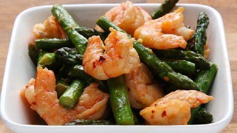 Készíts ínyenc vacsorát 300 kalória alatt!