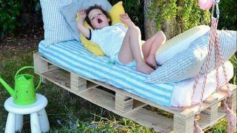 Imádni való gyerekbútorok raklapból – képek