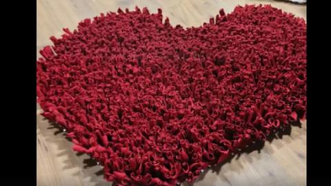 Készíts szív alakú szőnyeget, amivel megdobogtatod mindenki szívét! – videó