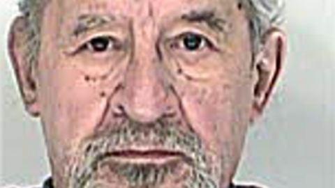 Mackónadrágban veszett nyoma a 80 éves bácsinak