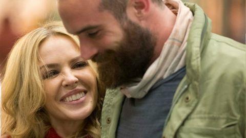 Részletek Kylie Minogue esküvőjéről
