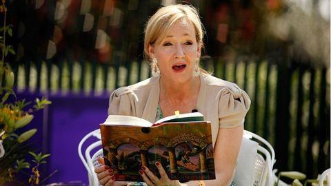 Megjelent J. K. Rowling legújabb meséje