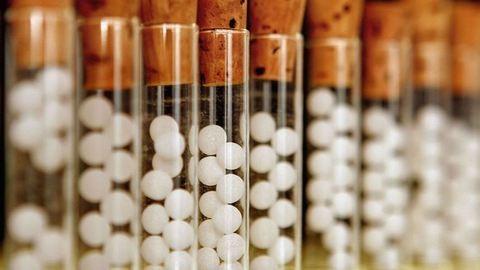 Be akarják tiltani a homeopátiás kezelést