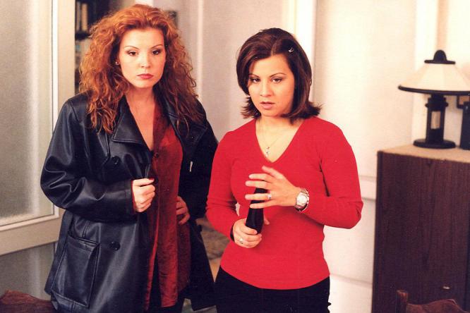 Liptai Claudia és Ábel Anita a Szomszédokban