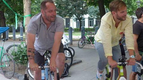 Több mint 1000 gyereknek tekertek össze ebédre a magyar biciklis hírességek