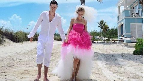 Akiknél a fehér ruha szóba sem jöhet