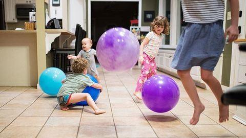 Zseniális fotók mutatják be, milyen az élet gyerekekkel a valóságban