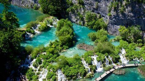 Betiltják a strandpapucsot és a szelfizést a Plitvicei-tavaknál