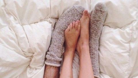 Zokniban alszol? Tudd meg, mit árul ez rólad!