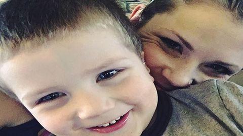 Könnyfakasztó üzenetet tett közzé a többi szülőnek a gyermekét elvesztő anya
