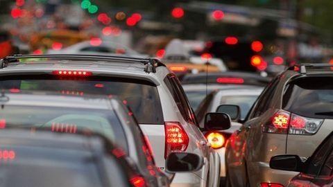 Gigadugó: erre ne autózz a hétvégén Budapesten!