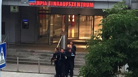 Lövöldözés egy müncheni bevásárlóközpontban, több halott