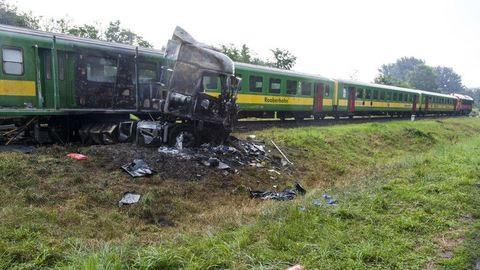Halálos vonatbaleset történt Barcson - sokkoló videó