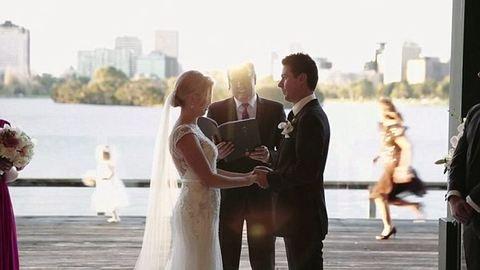 Amerikai vígjáték lett az ausztrál esküvőből – videó