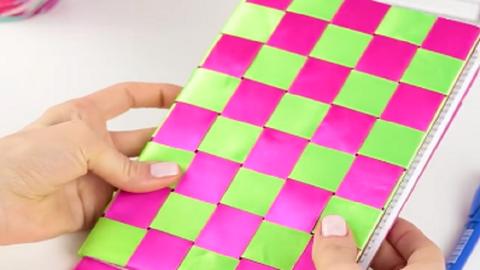 DIY: cuki borító, ami bármelyik füzetedet feldobja