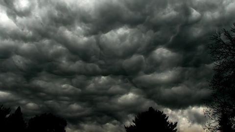 Durvul az országon átívelő vihar