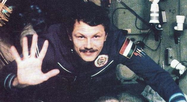 Farkas Bertalan az első magyar űrhajós