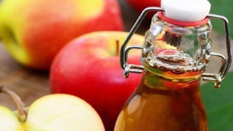 5 ok, amiért megéri minden este almaecetet inni