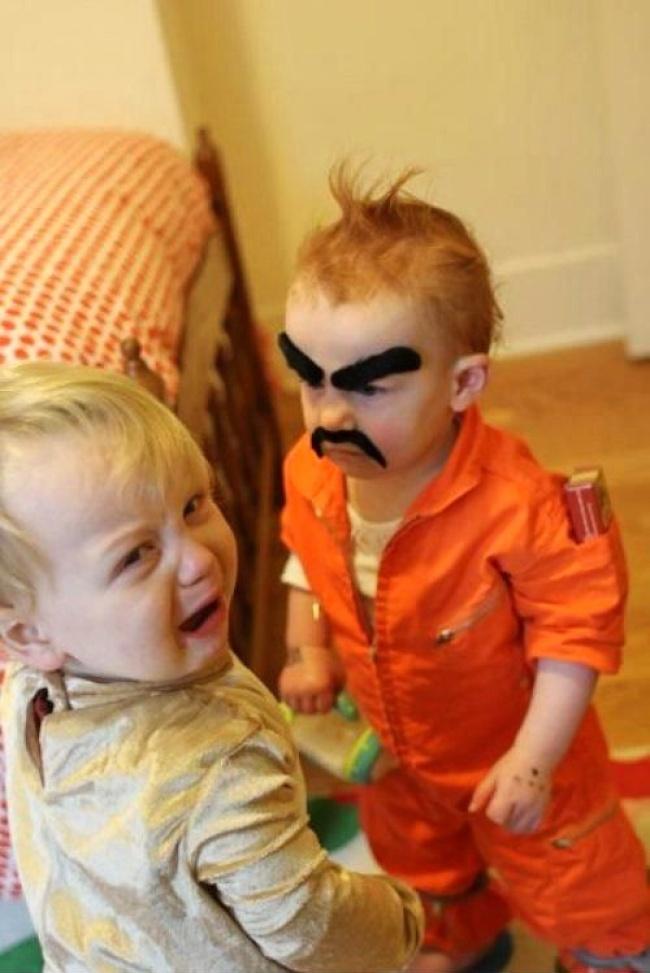20 vicces fotó, ami bizonyítja, hogy gyerekek közelében lehetetlen unatkozni