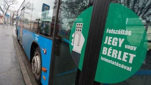 A 300 ezres fizetés ellenére is kevés a buszsofőr Budapesten