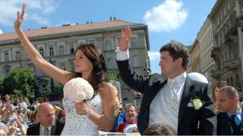 Hajdú Péter házassági évfordulóra emlékezik