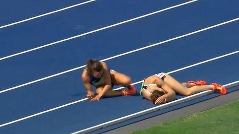 Olimpia 2016: egymást segítették a célig rivális futók