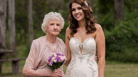 89 éves nagymamáját kérte fel koszorúslánynak a menyasszony