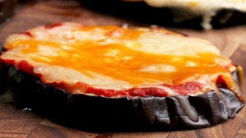 A padlizsánpizza receptjét neked is meg kell ismerned!