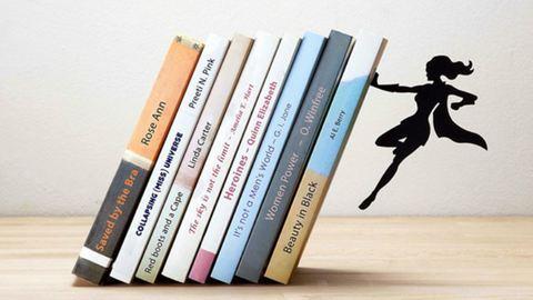Láttál már szuperhősös könyvespolcot? Megmutatjuk, milyen!