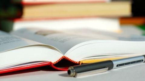 Tanévkezdés: nincs könyv, jegyzetekből tanítanak a szakgimnáziumokban