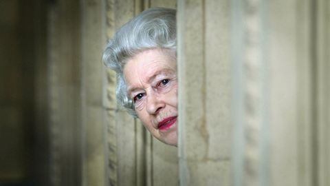 Beköltöznél a Buckingham-palotába? Itt az alkalom!