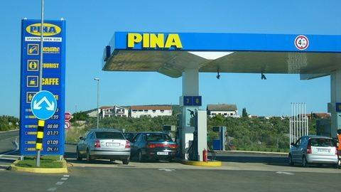 Apró bosszantást terveznek a benzinnel pénteken