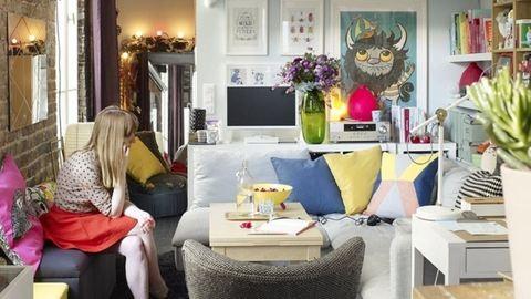 Nézd meg, hogy él egy igazi párizsi lány 35 négyzetméteren!