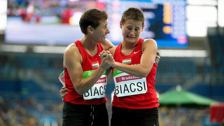Biacsi Ilona második, ikertestvére Bernadett az ötödik helyen végzett Fotó: MTI Fotticsák Szilárdó: Kosz