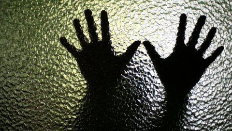 Magyar pár kényszerített prostitúcióra egy nőt Angliában