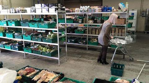 Megnyitott az első pazarlás elleni szupermarket Angliában