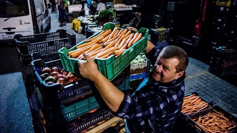 Ilyen az élet éjszaka a nagybani piacon – fotók
