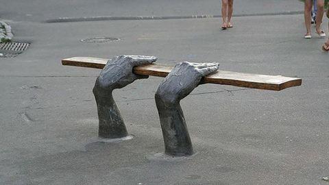 Ezek a legkreatívabb utcai padok és székek