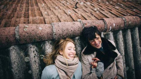 A boldog párok nem posztolják szét a közösségi médiát szerelmükkel