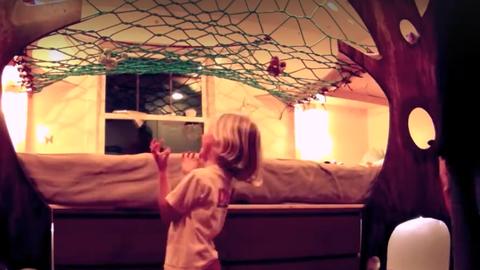 Imádni való ötlet a gyerekszobába: beltéri lombházikó - videó