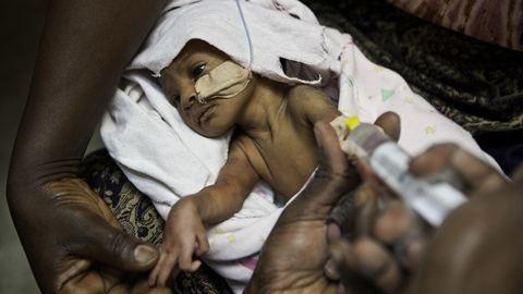 Egy amerikai újszülött túlélési esélye tizenkétszer nagyobb, mint egy afrikaié