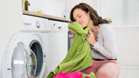 Amihez extra gondoskodás kell – mosás érzékeny bőrűekre, gyerekekre – így óvd őket