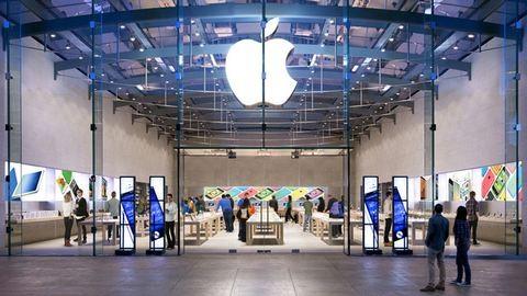 Megalázóan bántak a nőkkel egy Apple-boltban